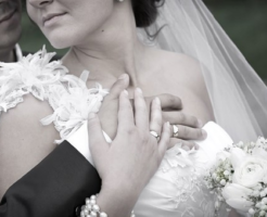 由来 結婚指輪 薬指