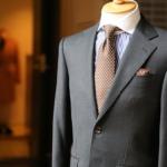 スーツやベストの由来について。サイズ表記の見方は!?
